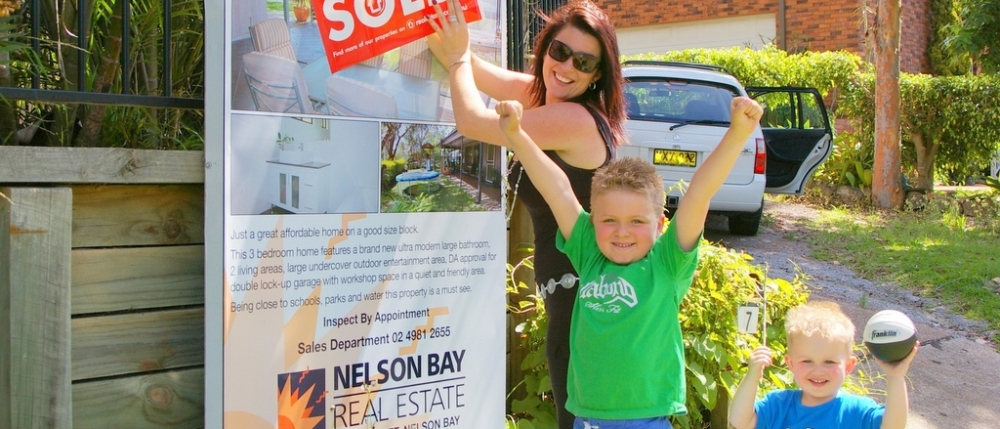 real estate agent nelson bay